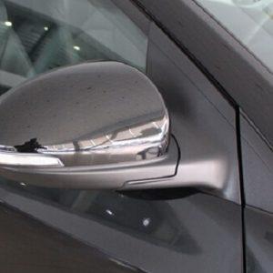 guong chieu hau Chevrolet Cruze 2016