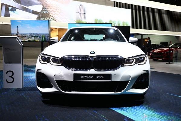 gương chiếu hậu bmw 330i Sedan 2019 - shopphutung.net